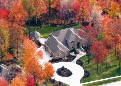 Aerial view of 5901 Rosecliff Drive.