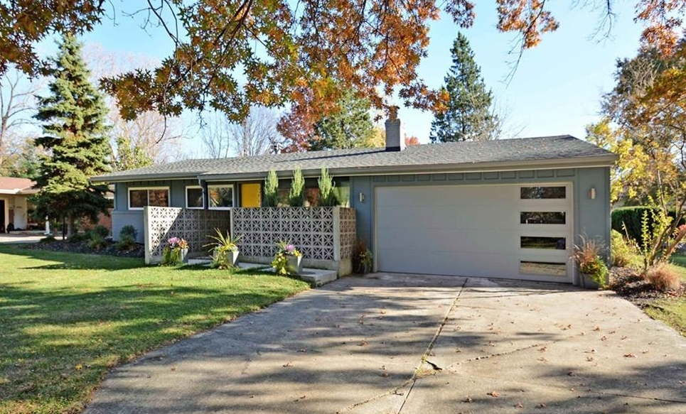 2697 Country Club Drive, Rocky River